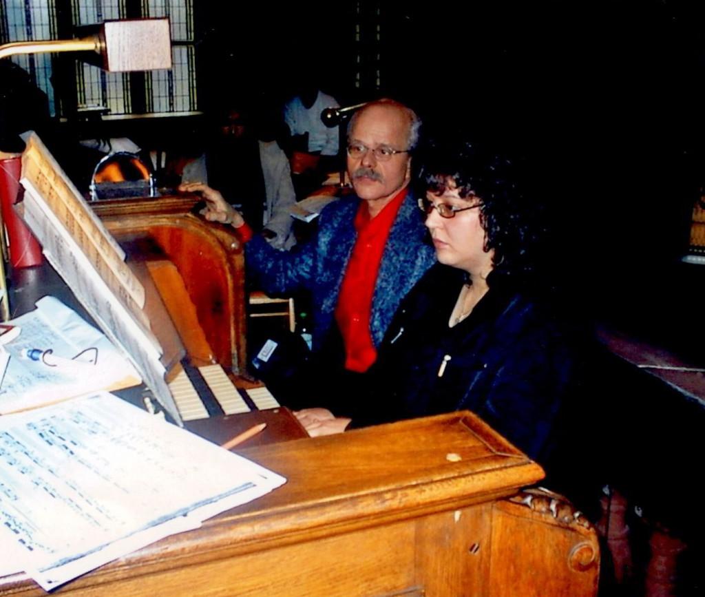 Daniela Werner mit ihrem Orgelprofessor